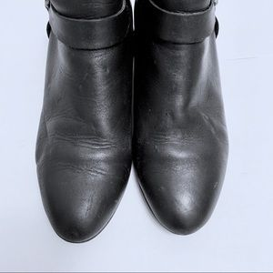 Clark's Comfort Leather Ankle Boots Black Size 7.5